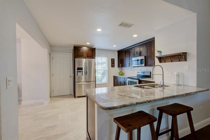 Property Image Of 5513 Carrollwood Meadows Drive In Tampa, Fl