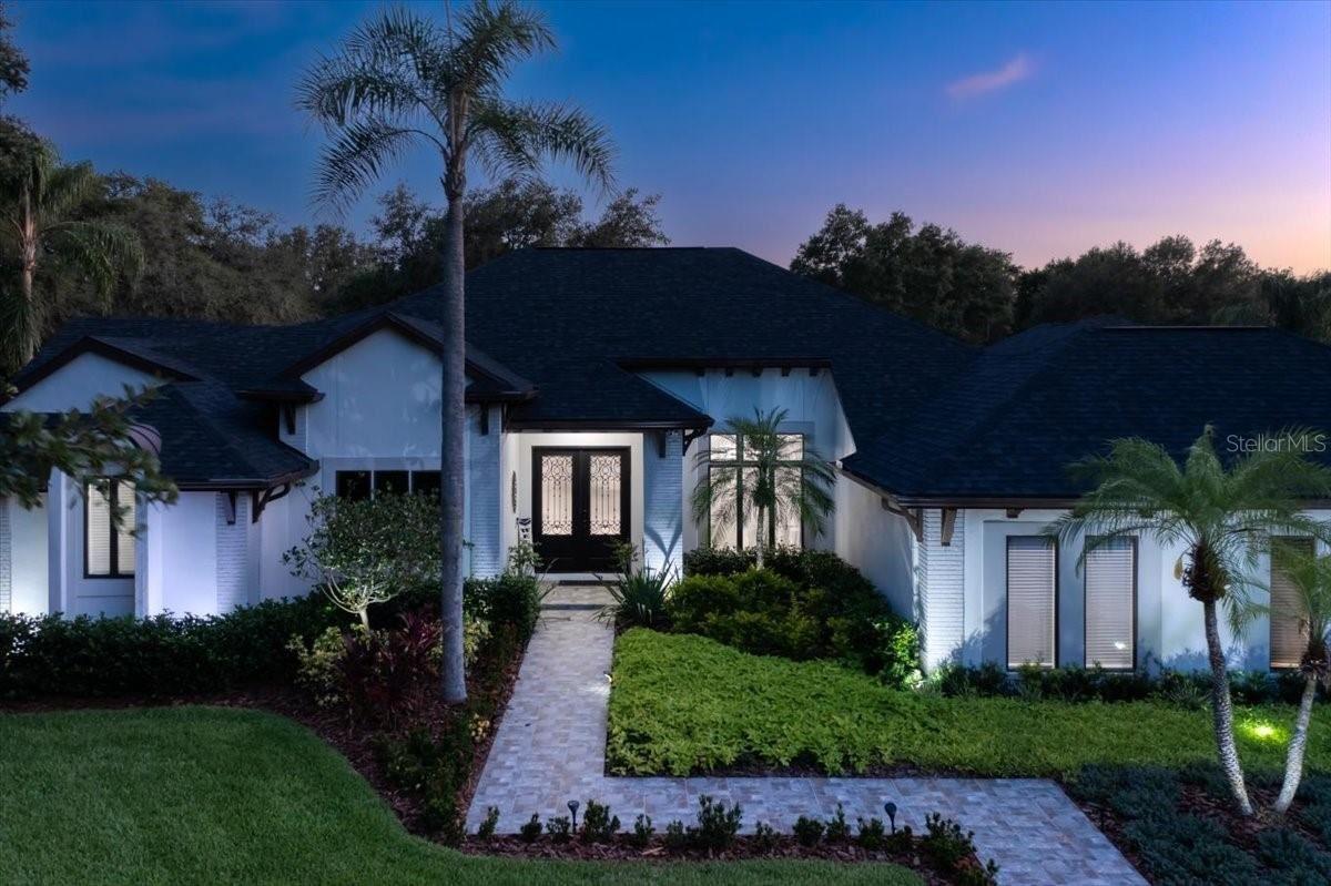 Tampa                                                                      , FL - $1,550,000