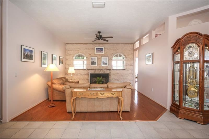 Property Image Of 1258 Tree Bay Lane In Sarasota, Fl