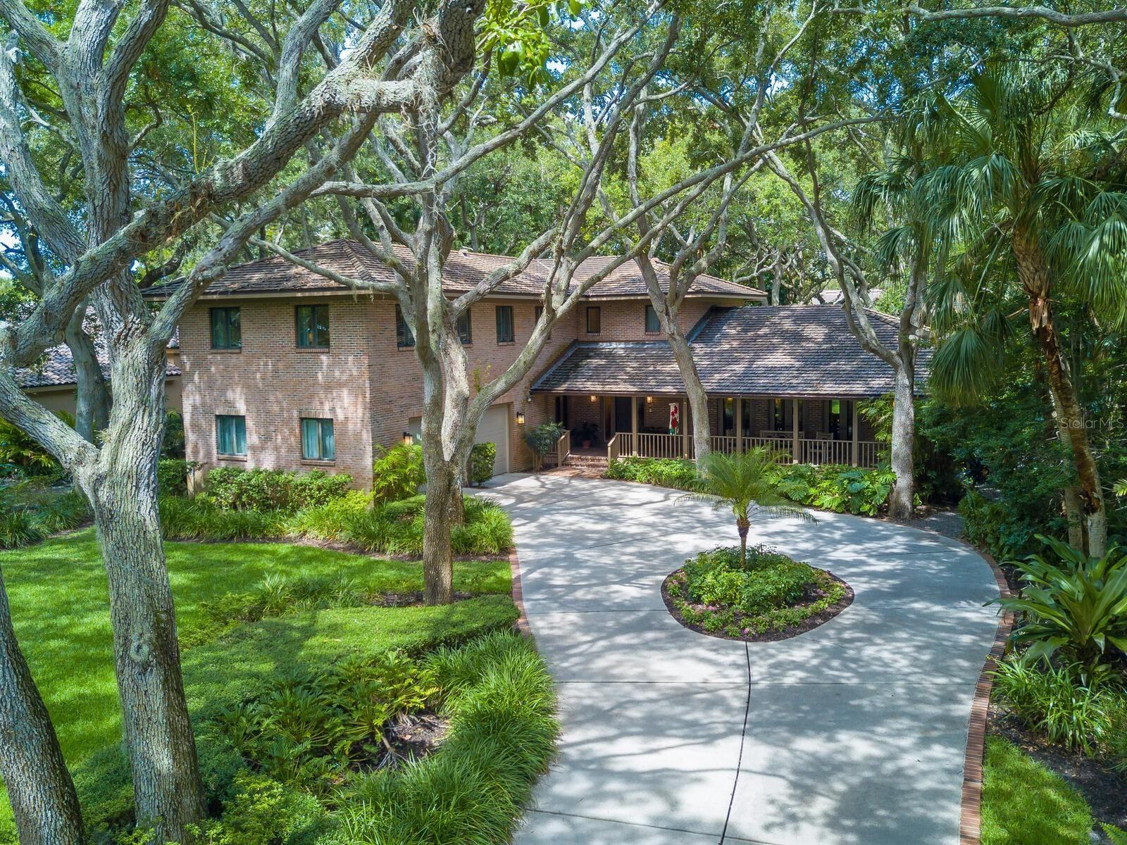Bradenton                                                                      , FL - $1,200,000