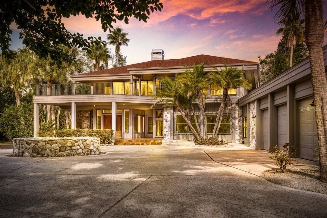 Sarasota                                                                      , FL - $4,875,000