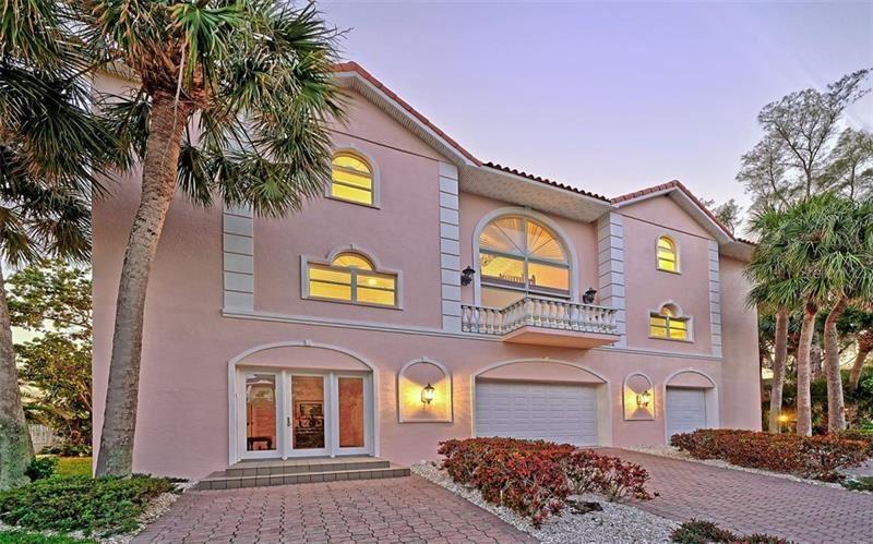 Longboat Key                                                                      , FL - $3,995,000