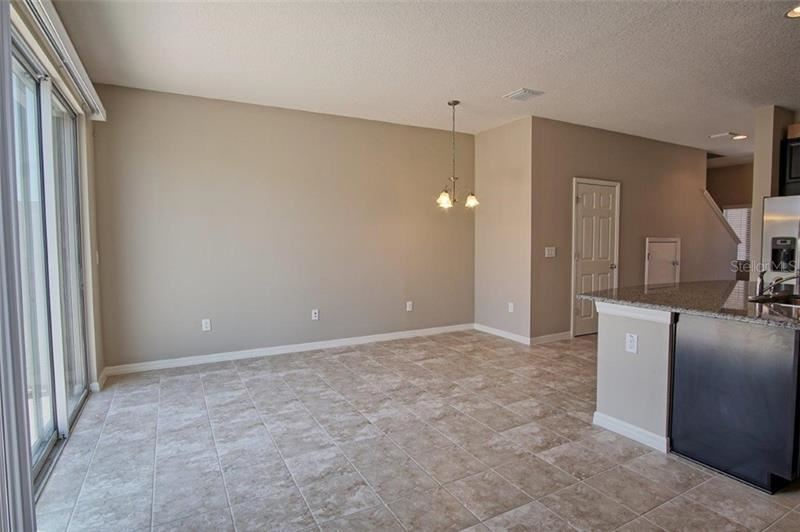 Property Image Of 7026 Woodchase Glen Drive In Riverview, Fl
