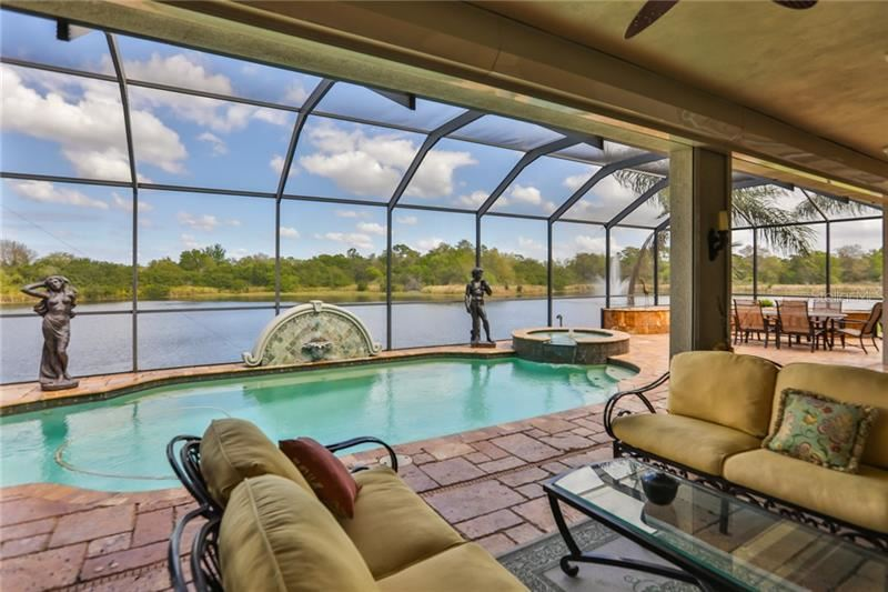 Property Image Of 321 Noble Faire Drive In Sun City Center, Fl