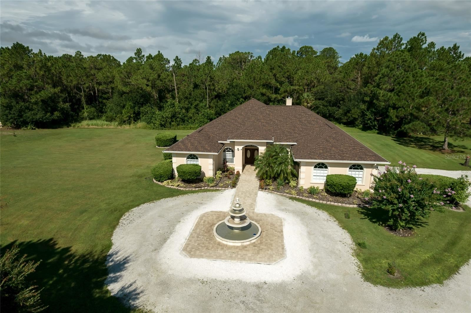 Bradenton                                                                      , FL - $1,375,000
