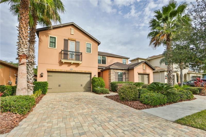 Tampa                                                                      , FL - $585,000