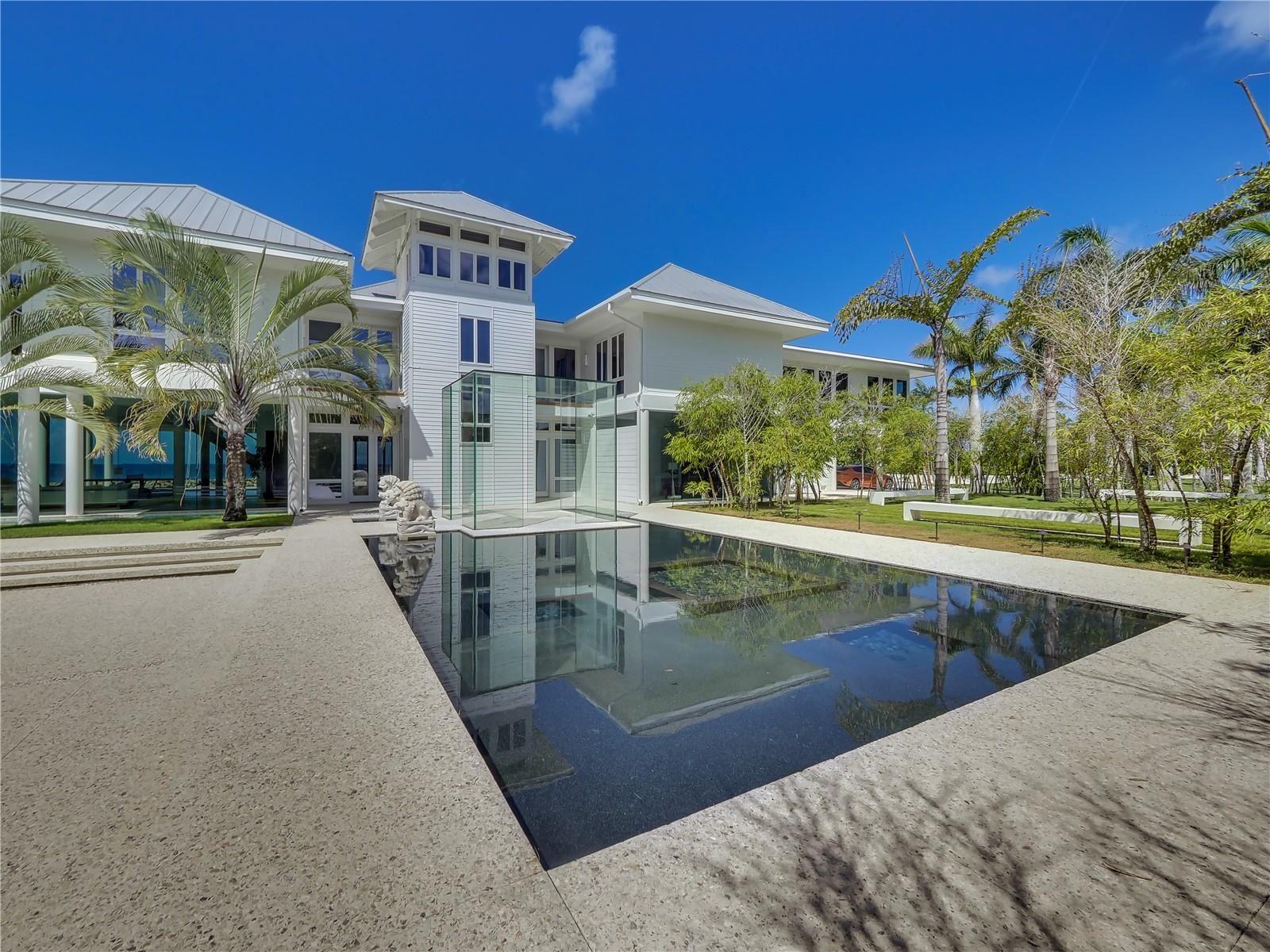 7712-7711-7660 SANDERLING ROAD                                                                               Sarasota                                                                      , FL - $17,900,000