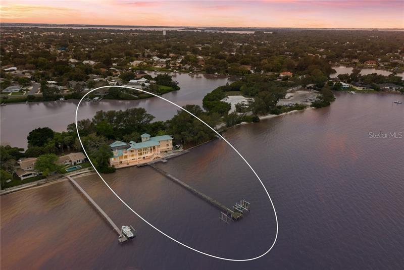 Bradenton                                                                      , FL - $2,075,000