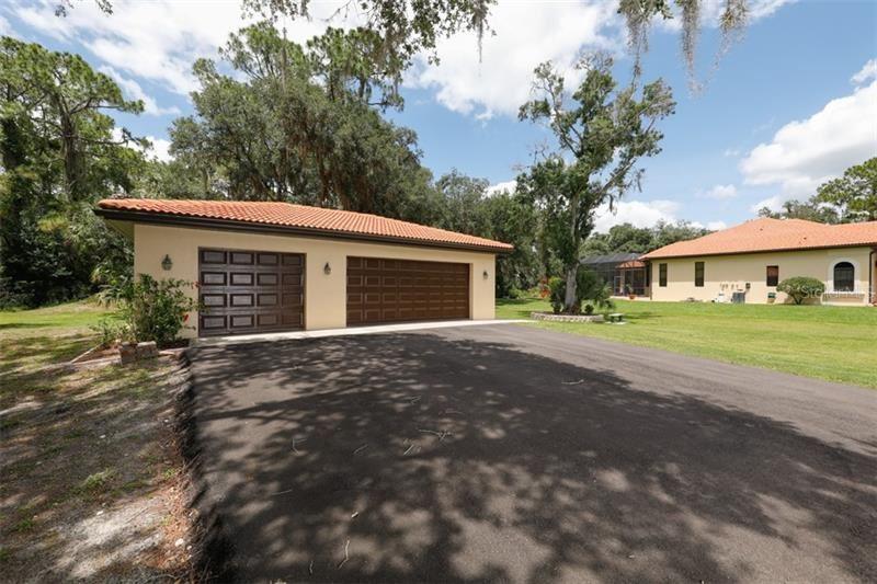 Property Image Of 15125 Waterline Road In Bradenton, Fl