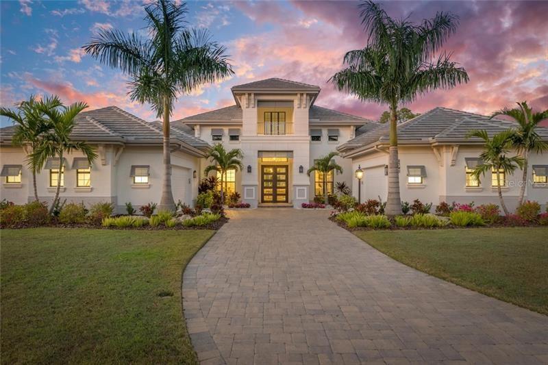 Bradenton                                                                      , FL - $1,745,000