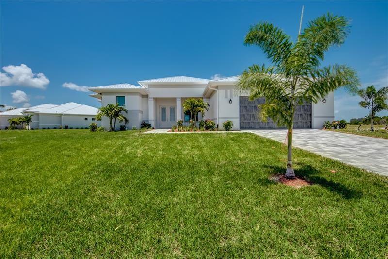 Cape Coral                                                                      , FL - $615,000