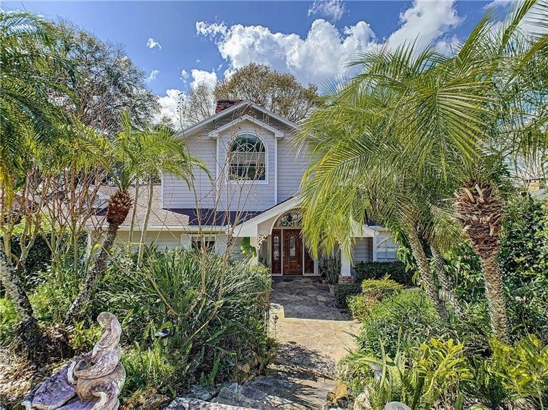 Eustis                                                                      , FL - $645,000