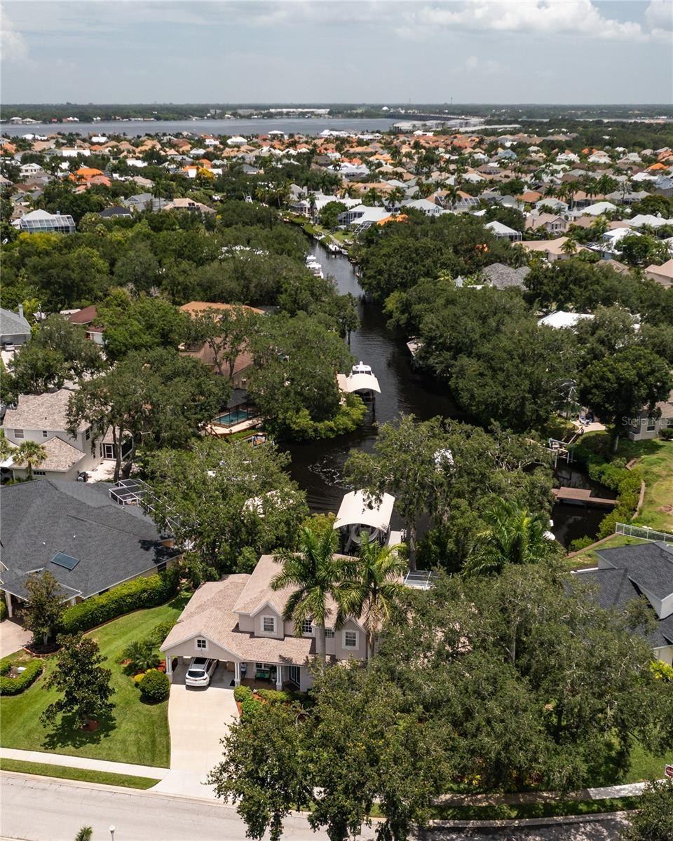Bradenton                                                                      , FL - $1,398,000