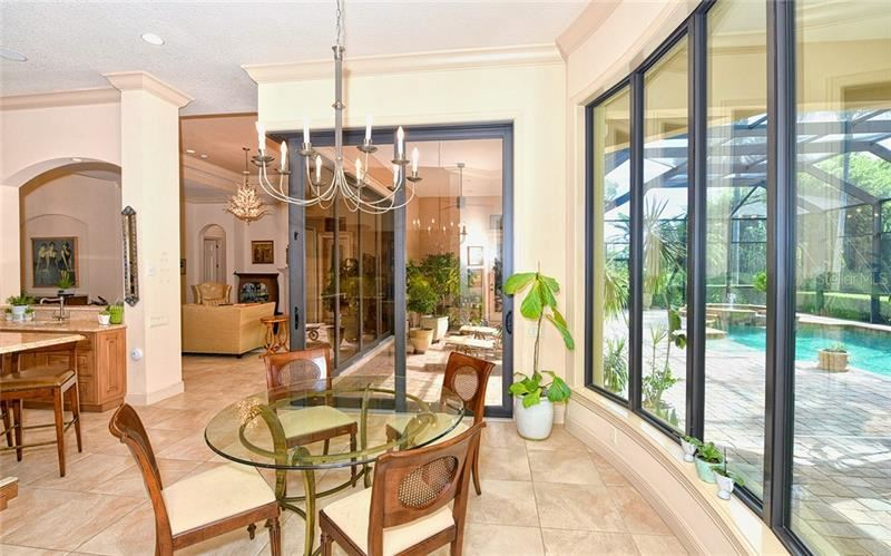 Property Image Of 12543 Highfield Circle In Lakewood Ranch, Fl