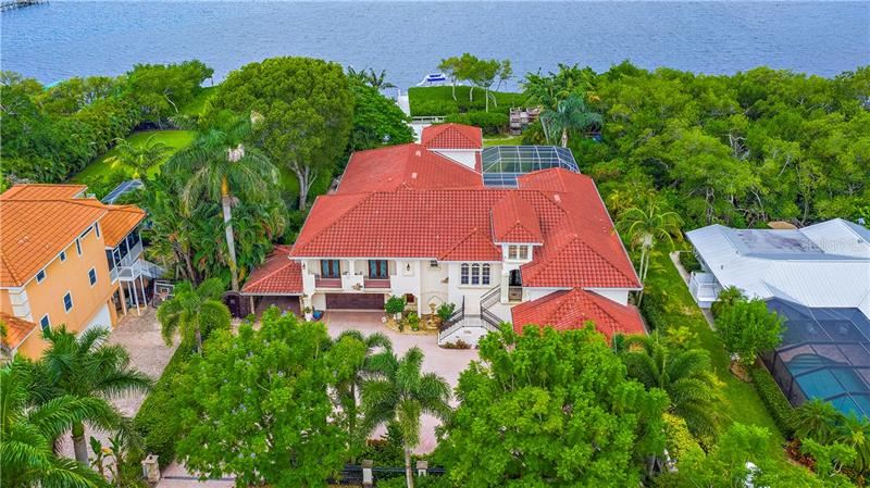 Bradenton                                                                      , FL - $2,250,000