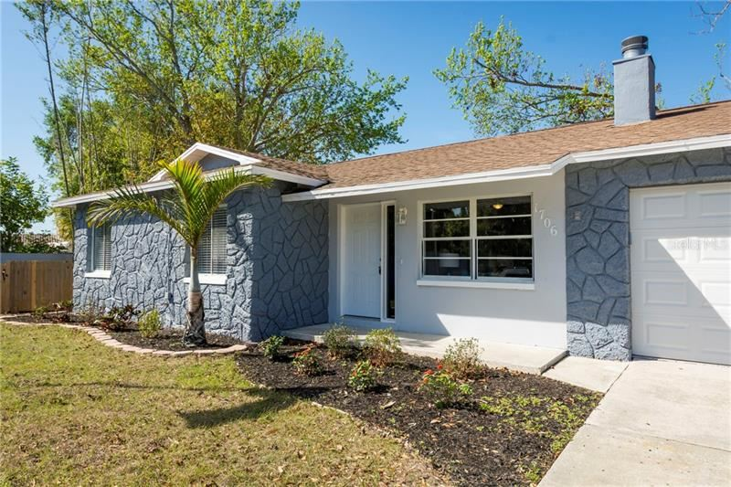 Property Image Of 1706 Simmons Court In Dunedin, Fl