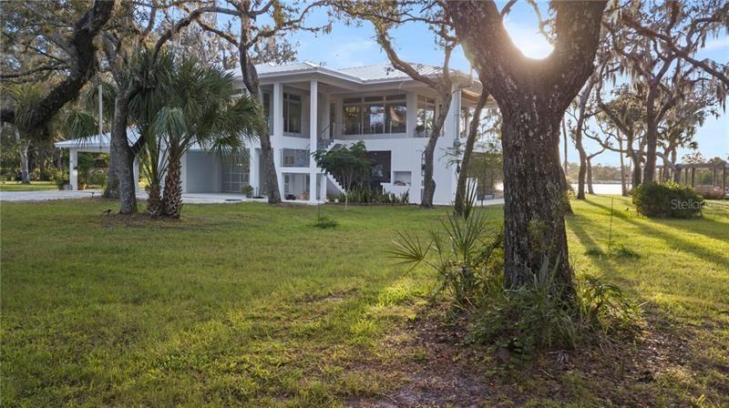 Bradenton                                                                      , FL - $2,398,000