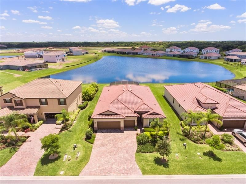 Property Image Of 13422 Saw Palm Creek Trail In Lakewood Ranch, Fl
