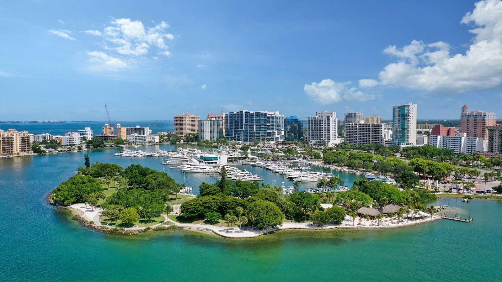 Sarasota                                                                      , FL - $4,499,000