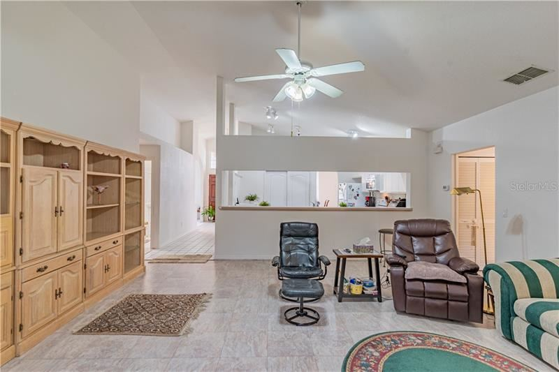 Property Image Of 806 River Boat Circle In Orlando, Fl