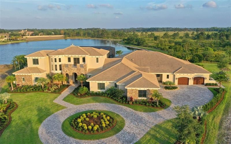 Property Image Of 20930 Parkstone Terrace In Lakewood Ranch, Fl