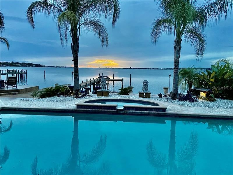 Bradenton                                                                      , FL - $1,899,888