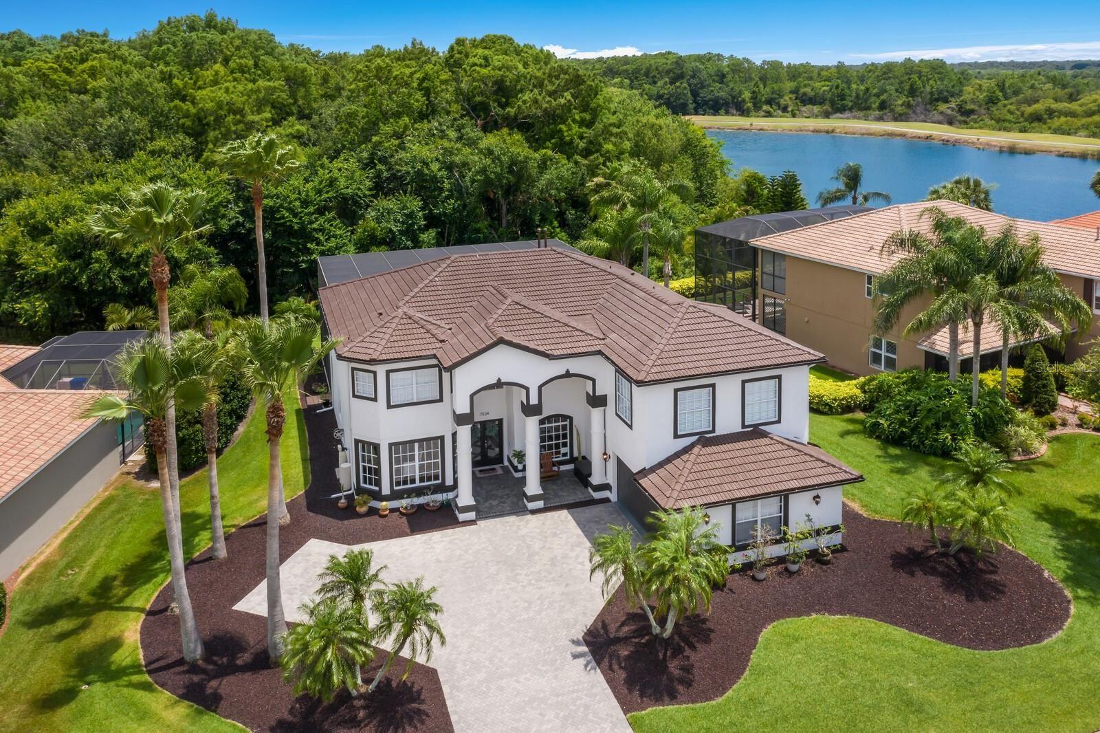 Bradenton                                                                      , FL - $824,900