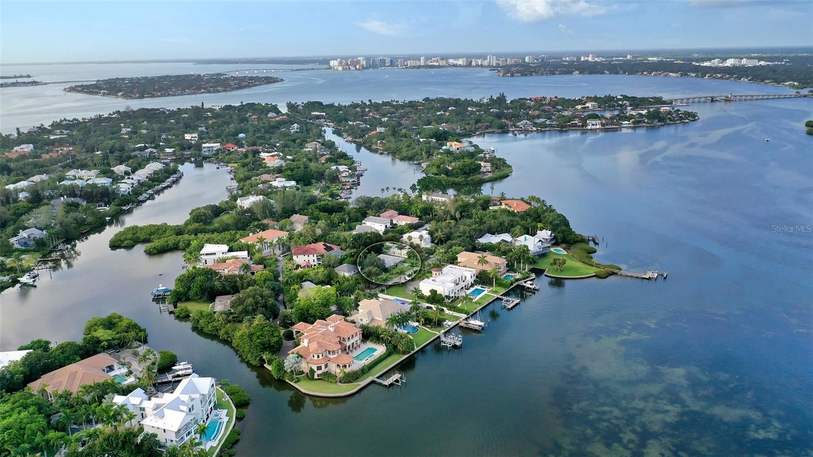 Sarasota                                                                      , FL - $1,750,000