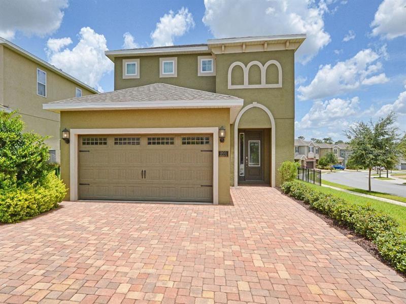 Kissimmee                                                                      , FL - $400,000