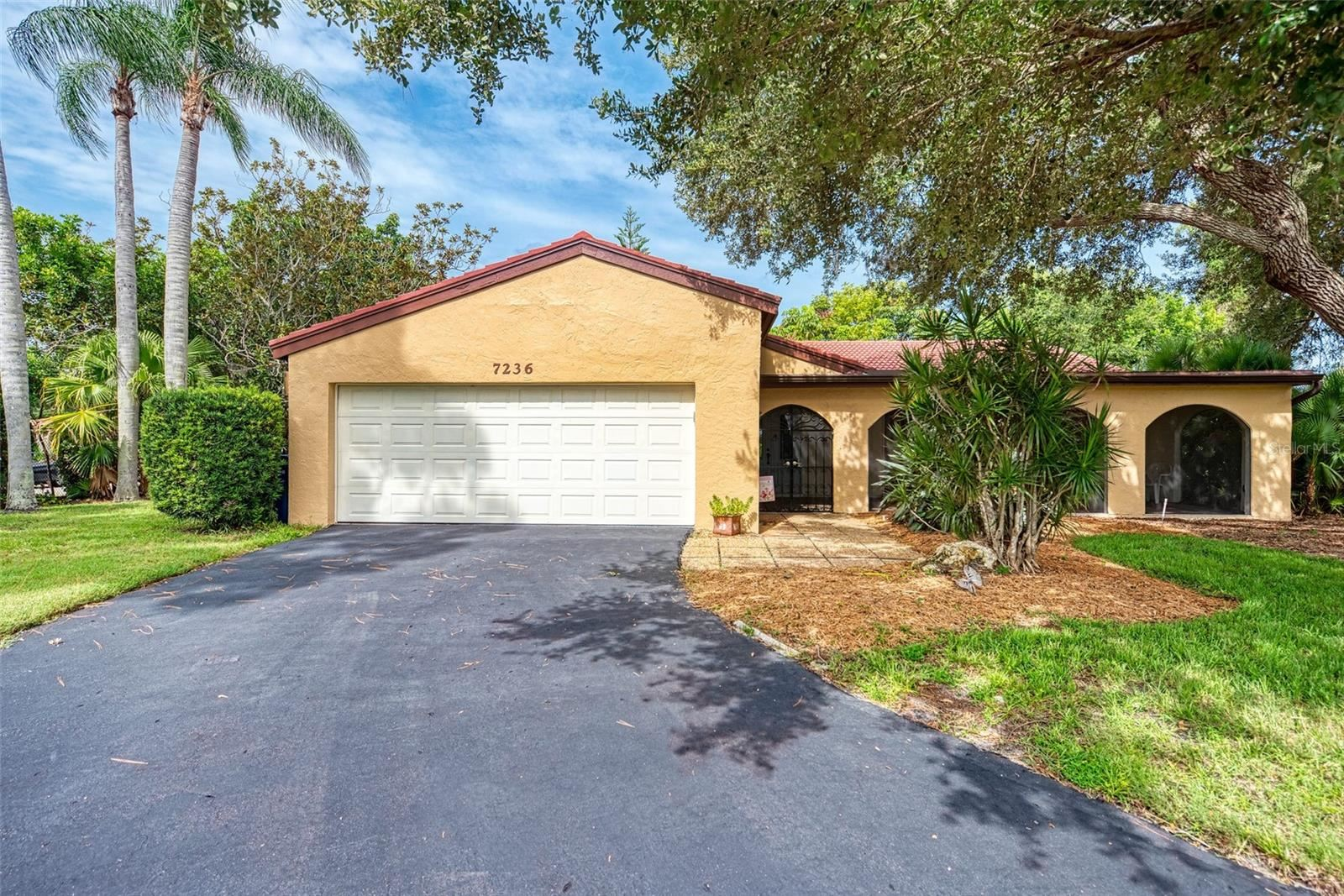 Sarasota                                                                      , FL - $349,000