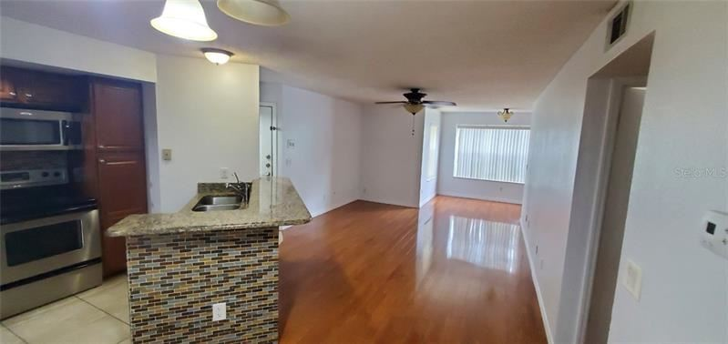 Property Image Of 5761 Gatlin Avenue #514 In Orlando, Fl
