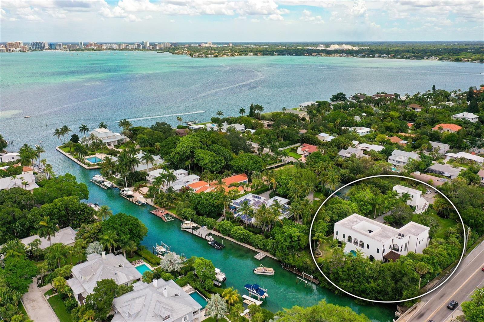 Sarasota                                                                      , FL - $5,800,000