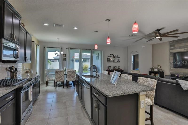 Property Image Of 6312 Sunsail Place In Apollo Beach, Fl