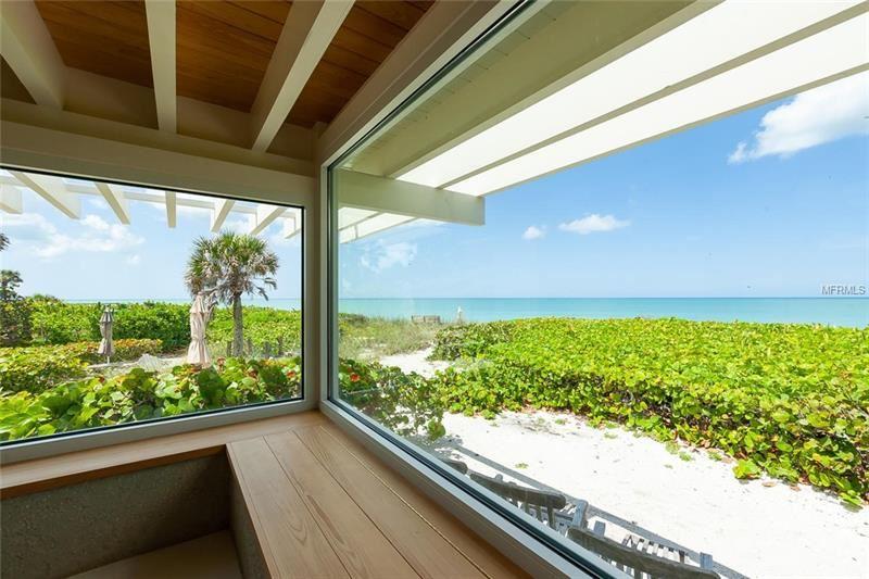 Nokomis                                                                      , FL - $2,600,000