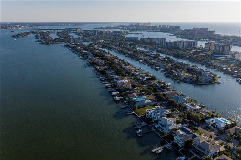 Property Image Of 837 Harbor Island In Clearwater, Fl