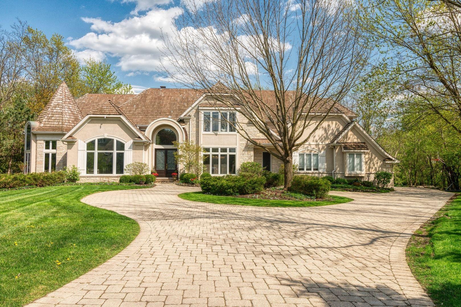 Oak Brook                                                                      , IL - $2,099,000