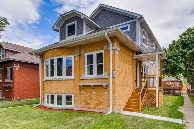 Berwyn                                                                      , IL - $495,000