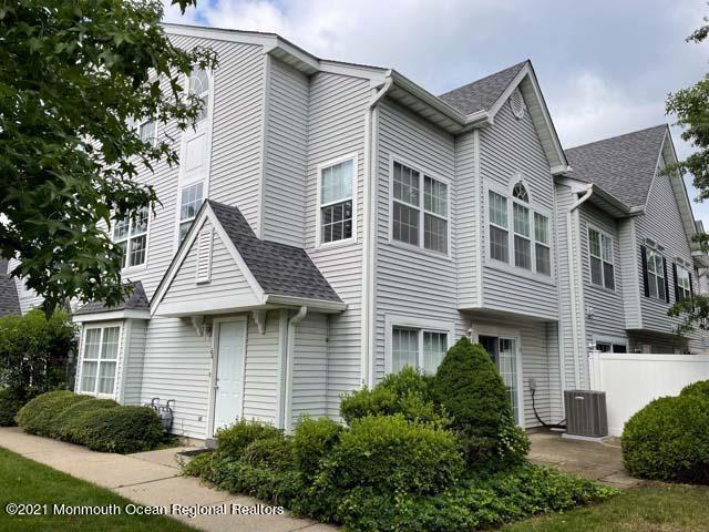 Tinton Falls                                                                      , NJ - $324,900