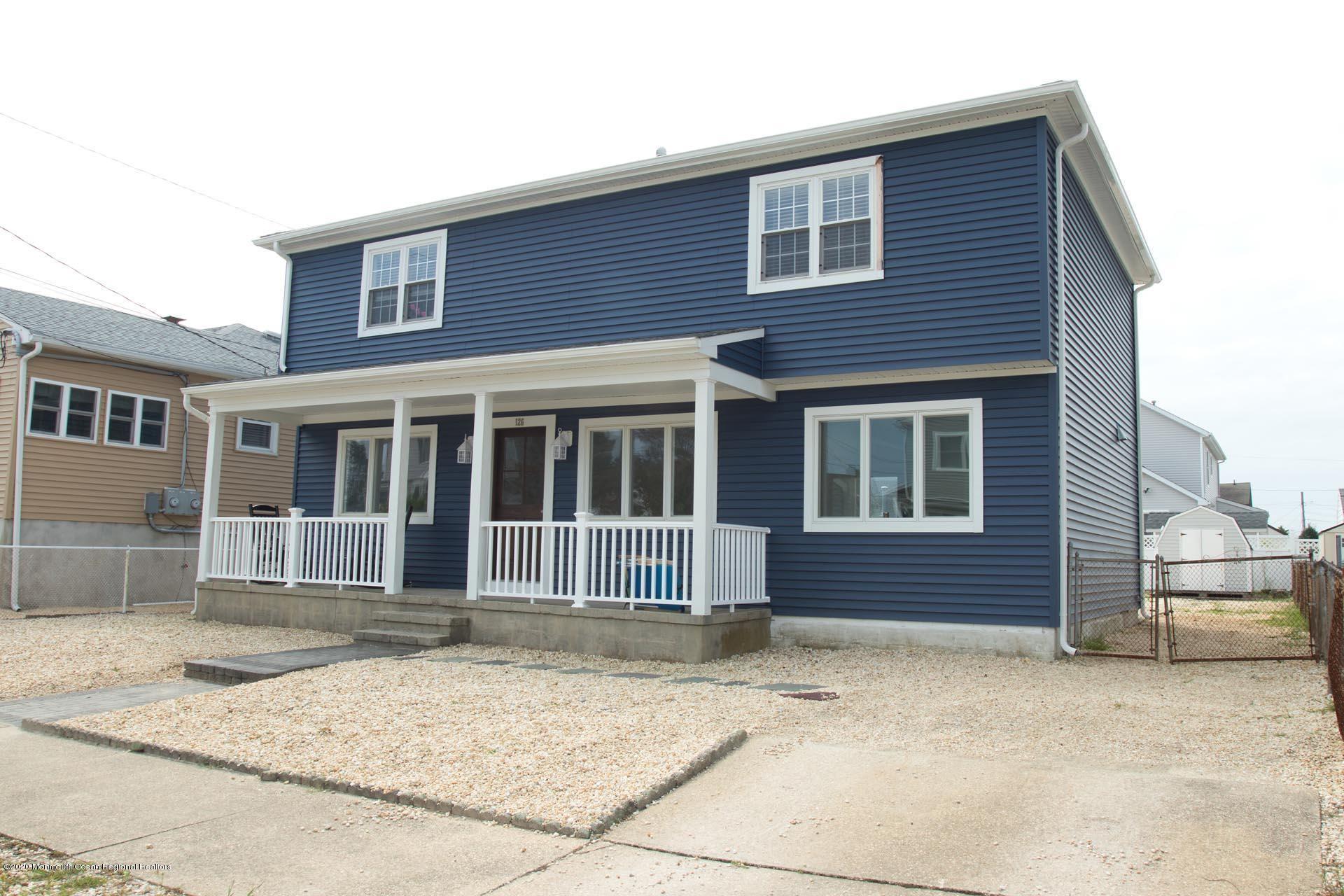 Lavallette                                                                      , NJ - $859,000