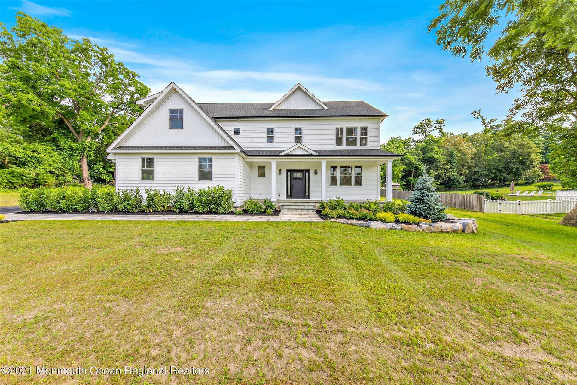 Tinton Falls                                                                      , NJ - $999,000