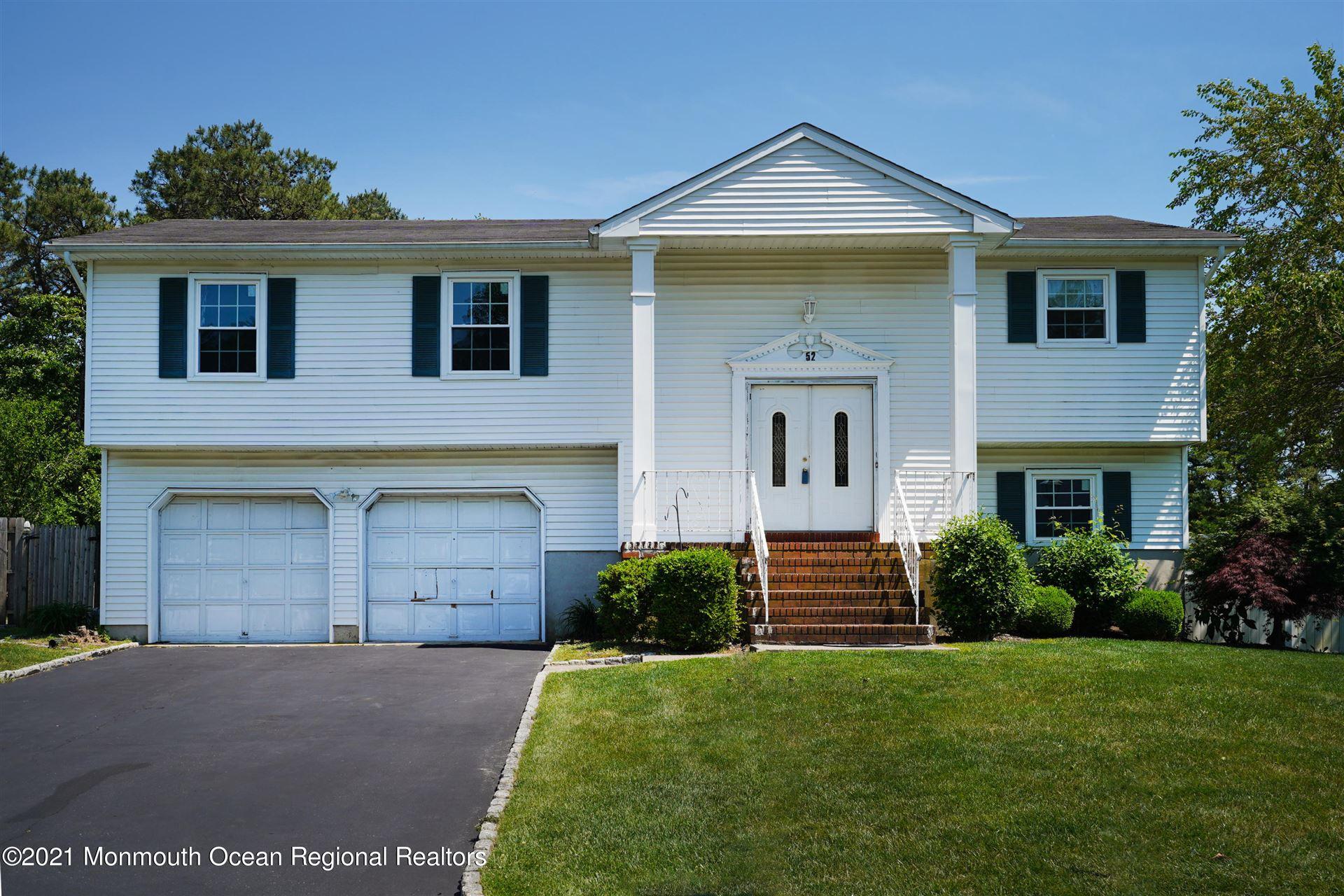 Tinton Falls                                                                      , NJ - $465,000
