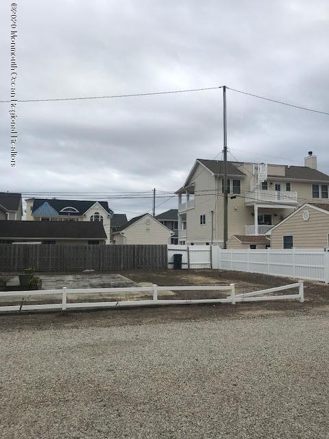 Ortley Beach                                                                      , NJ - $375,000