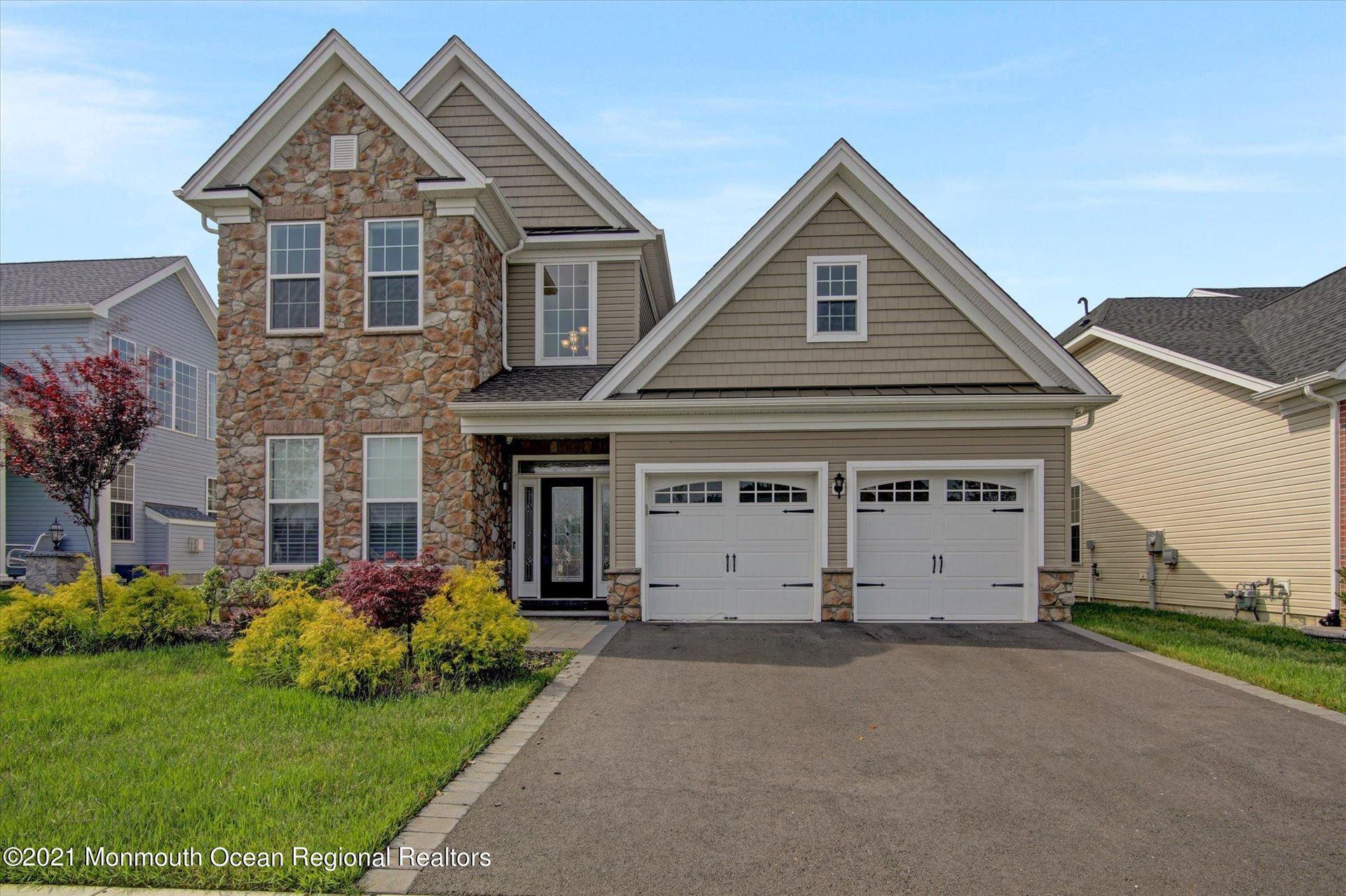 Tinton Falls                                                                      , NJ - $929,000