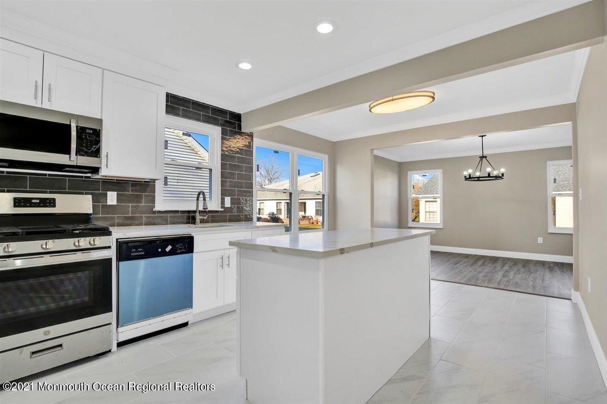 Marlboro                                                                      , NJ - $469,000