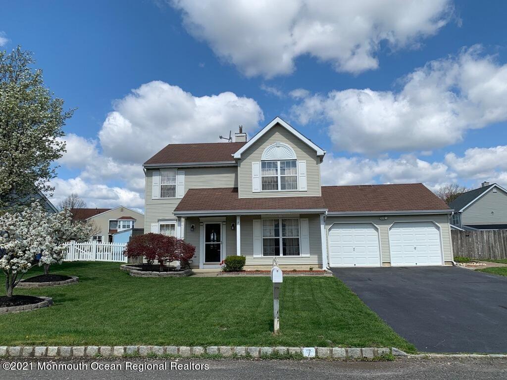 Tinton Falls                                                                      , NJ - $519,000