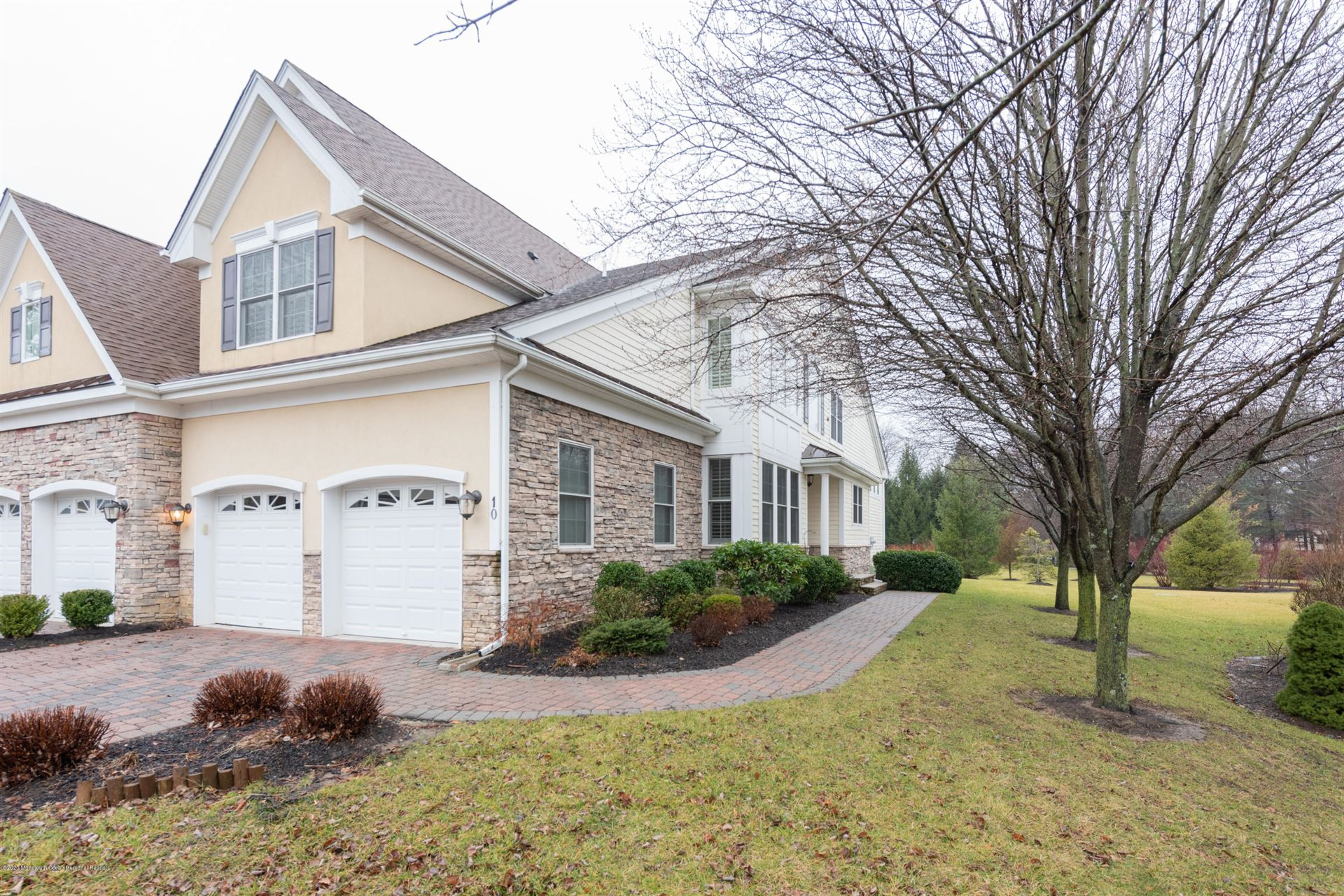 Tinton Falls                                                                      , NJ - $735,900