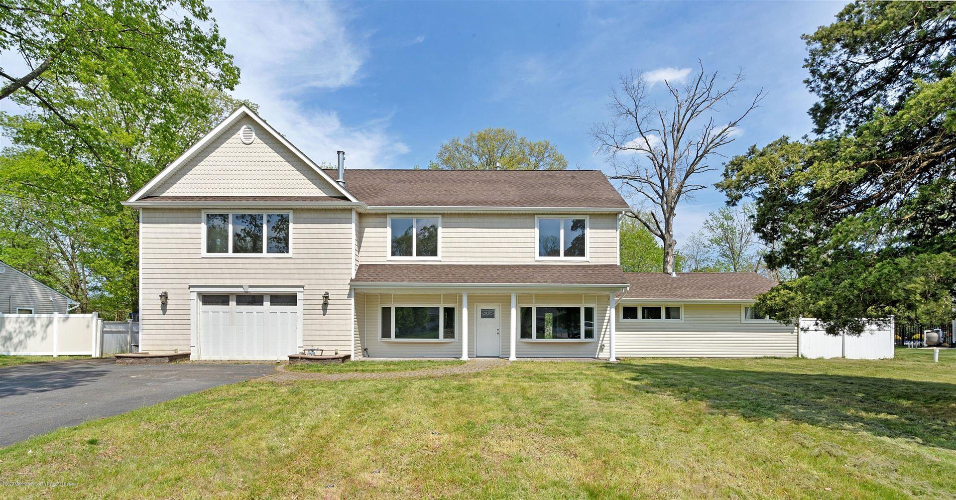 Tinton Falls                                                                      , NJ - $699,900