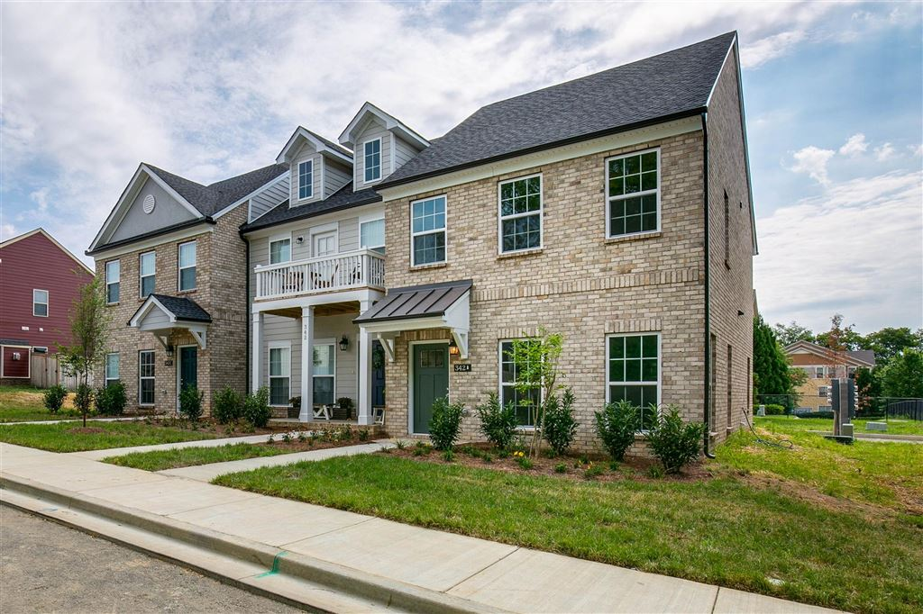 Property Image Of 1034 Emery Bay Circle In Hendersonville, Tn