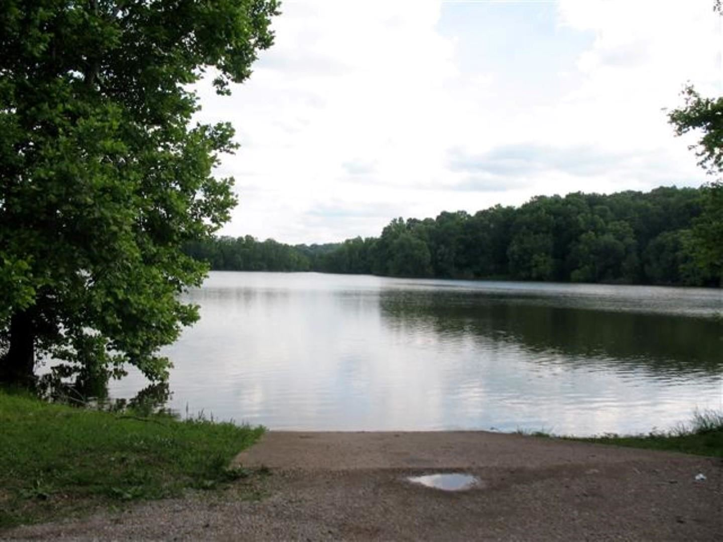 Property Image Of 37 Patricia Circle In Indian Mound, Tn