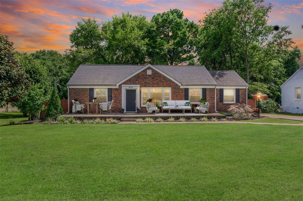 Property Image Of 900 Crescent Hill Rd In Nashville, Tn